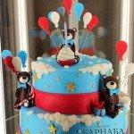 """Торт """"Мишки с воздушными шарами"""""""